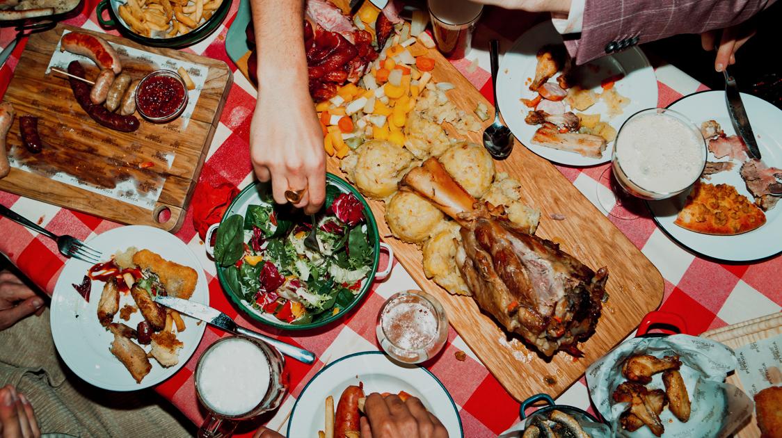 Družabni večeri v Pivnici Union